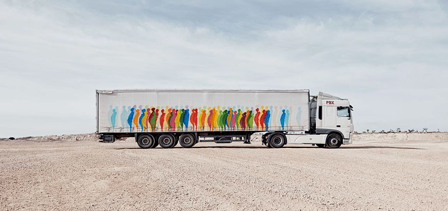 moving-graffiti-trucks-project-spain-27