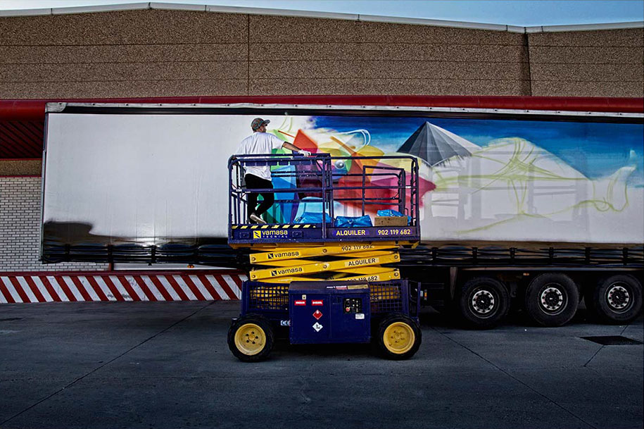moving-graffiti-trucks-project-spain-3