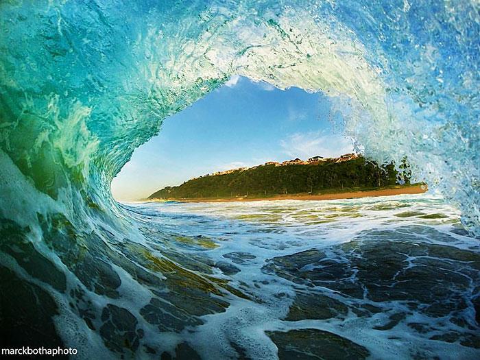 Breathtaking Photos From Inside Breaking Waves