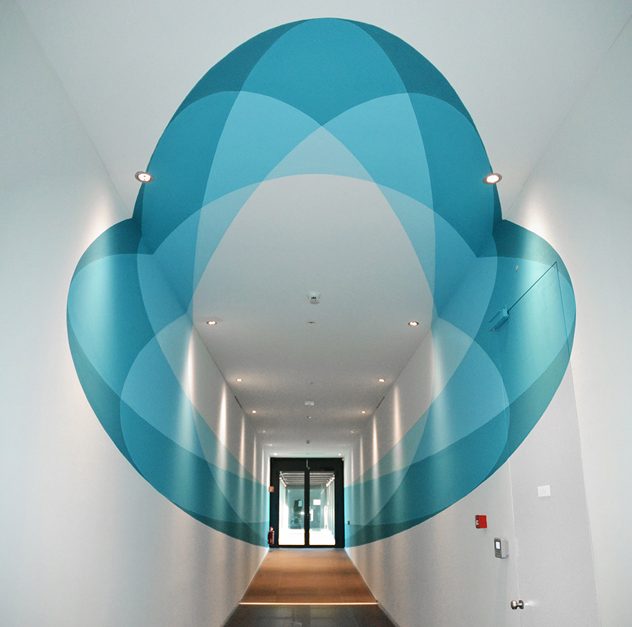 3d-shape-shifting-mural-transforms-as-you-walk-through-truly-design-1