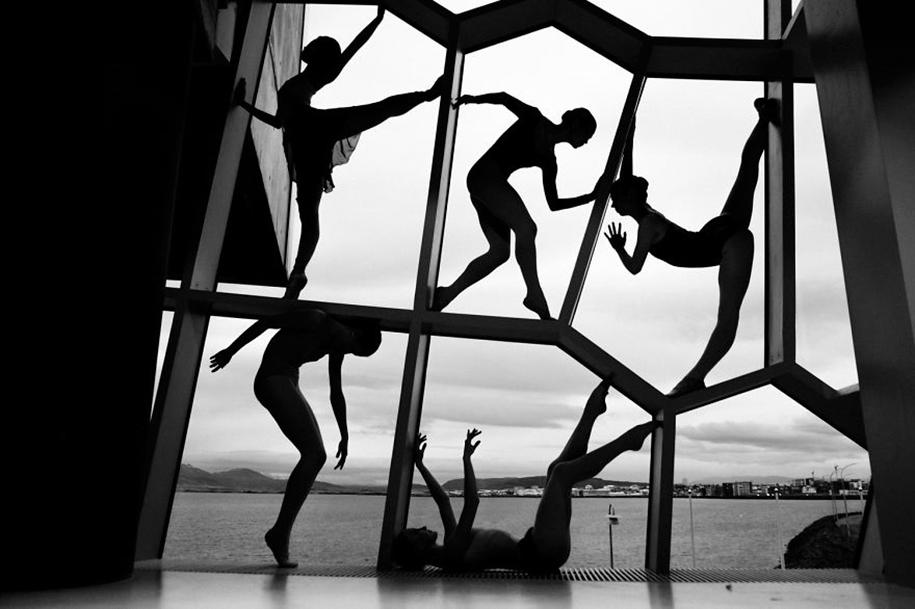 behind-stage-russian-ballet-dancers-photographer-darian-volkova-12