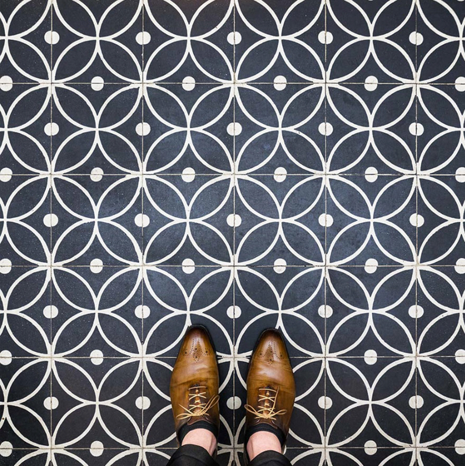 culture-under-foot-colorful-tiles-barcelona-16-2