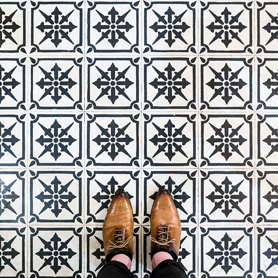 culture-under-foot-colorful-tiles-barcelona-20-2