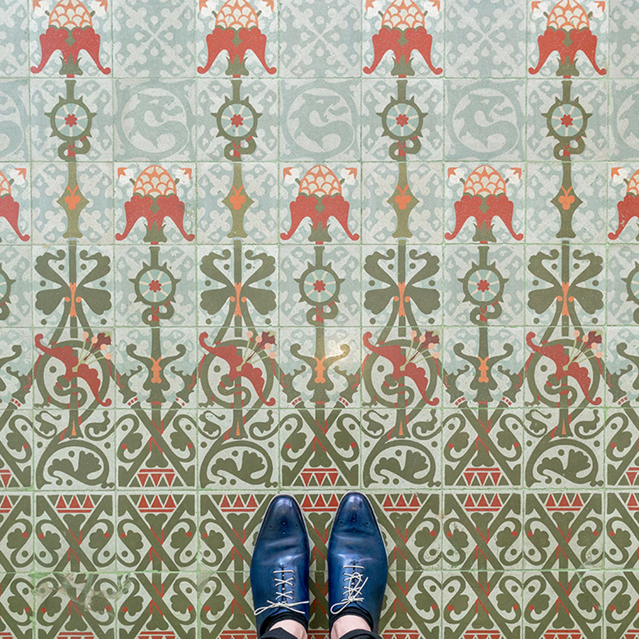 culture-under-foot-colorful-tiles-barcelona-9