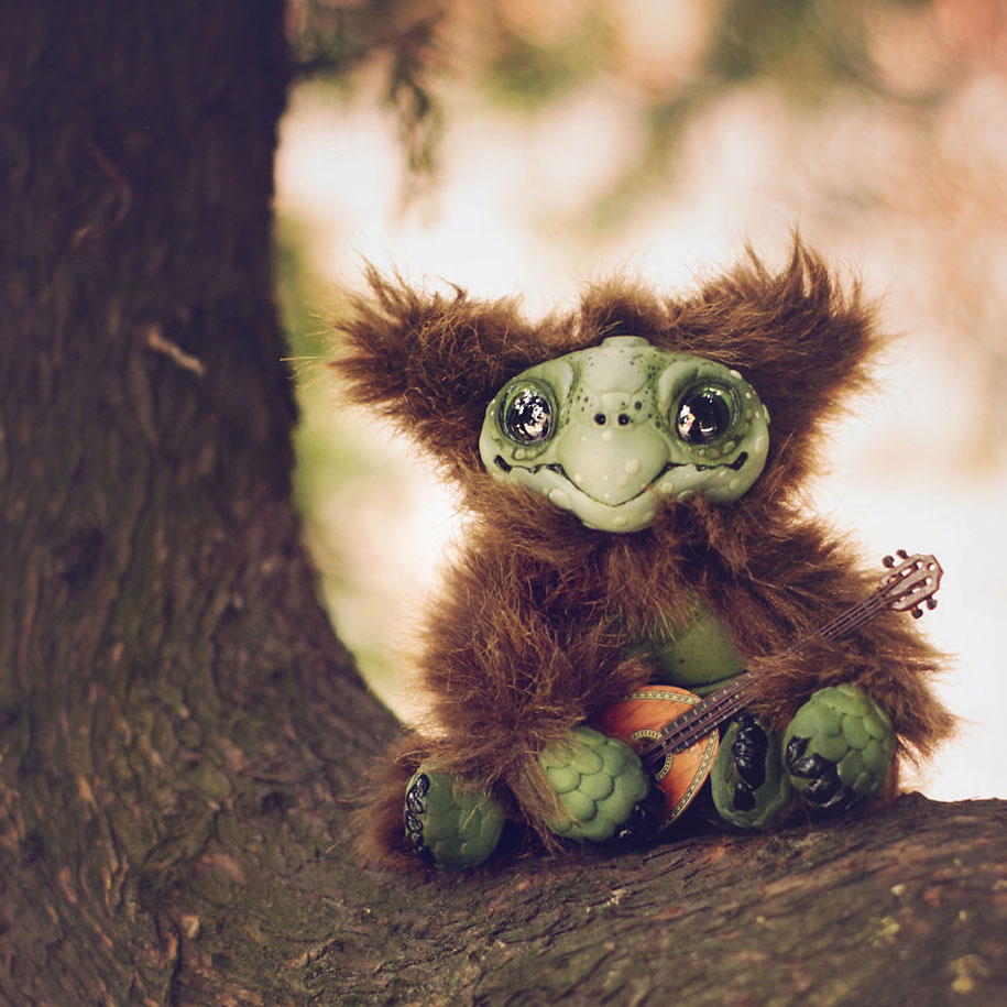 cute-fantasy-monsters-dolls-katyushka-8