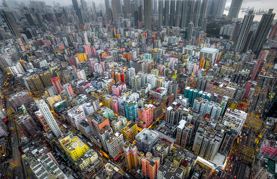 drone-photos-show-immense-size-hong-kong-4