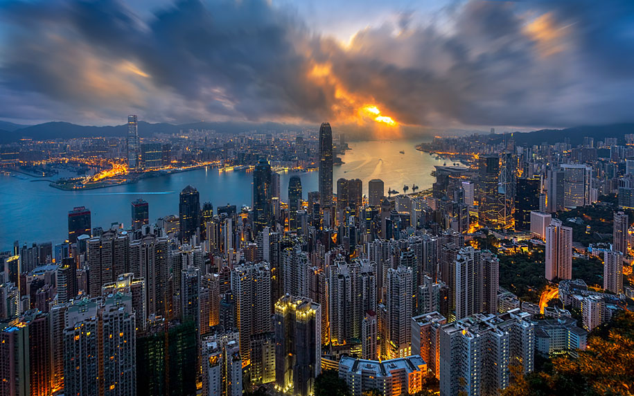 drone-photos-show-immense-size-hong-kong-8
