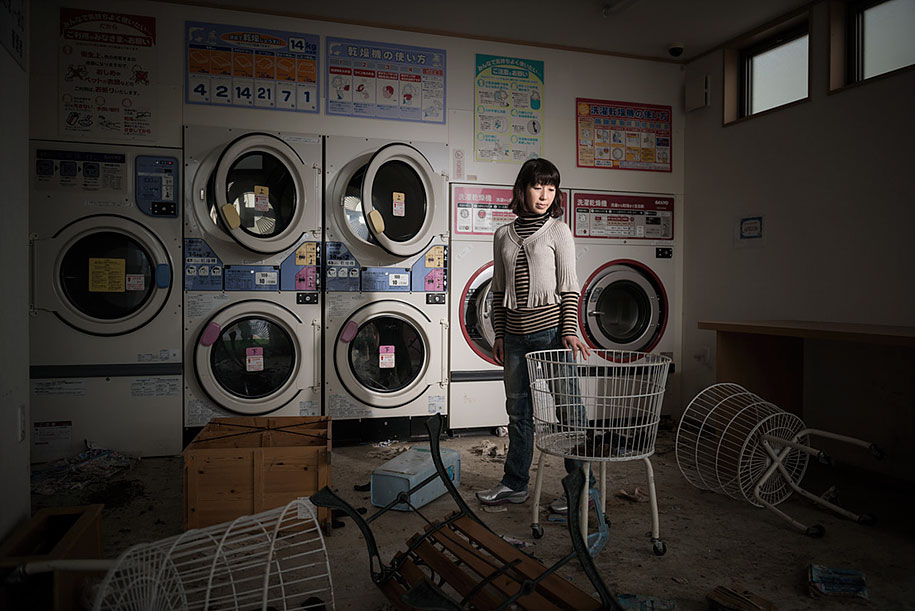 fukushima-after-nuclear-disaster-contamination-zone-ghost-town-carlos-ayest-2