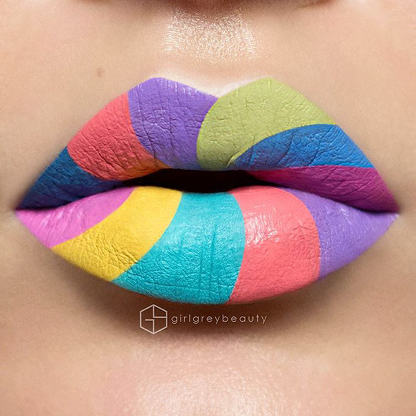 lips-drawings-makeup-art-andrea-reed-girl-grey-beauty-8