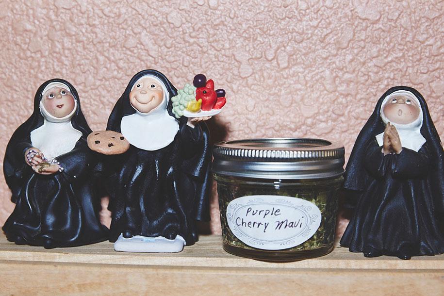 marijuana-horticulture-sisters-of-the-valley-shaughn-crawford-john-dubois-11