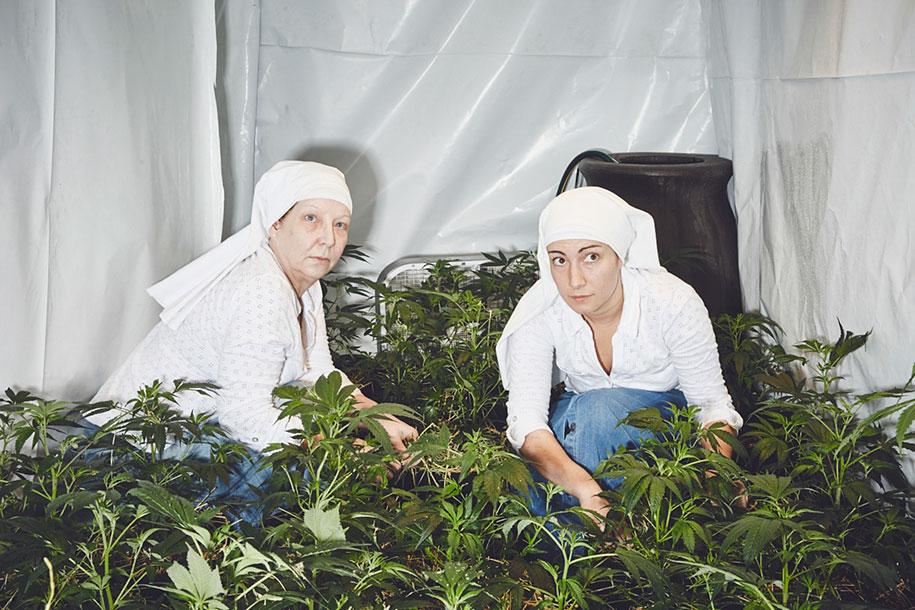 marijuana-horticulture-sisters-of-the-valley-shaughn-crawford-john-dubois-5