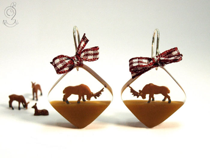 miniature-worlds-inside-jewelry-isabell-kiefhaber-germany-8