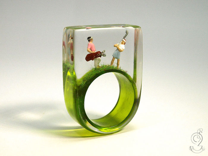 miniature-worlds-inside-jewelry-isabell-kiefhaber-germany-9