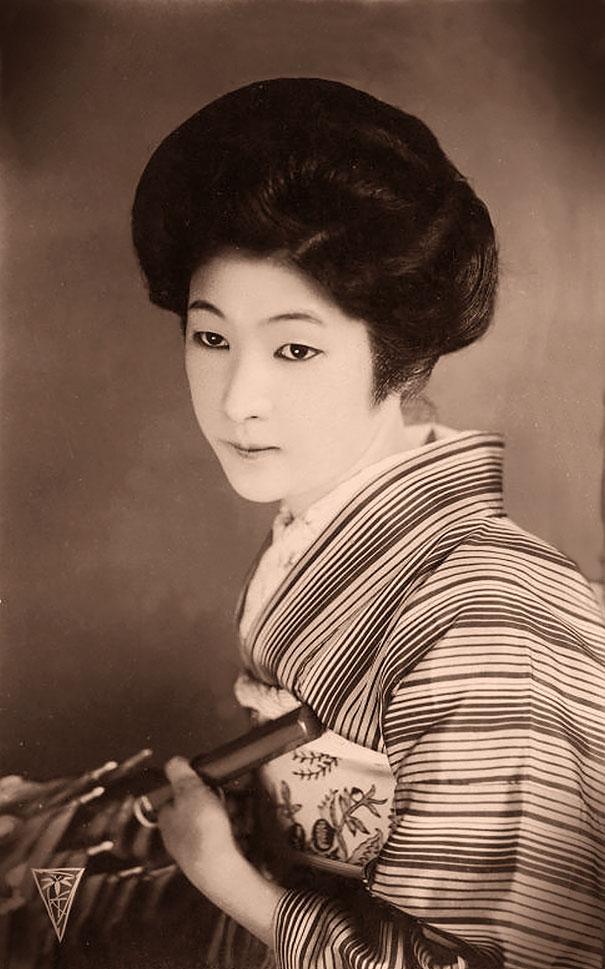 most-beautiful-women-around-the-world-1900-1910-3