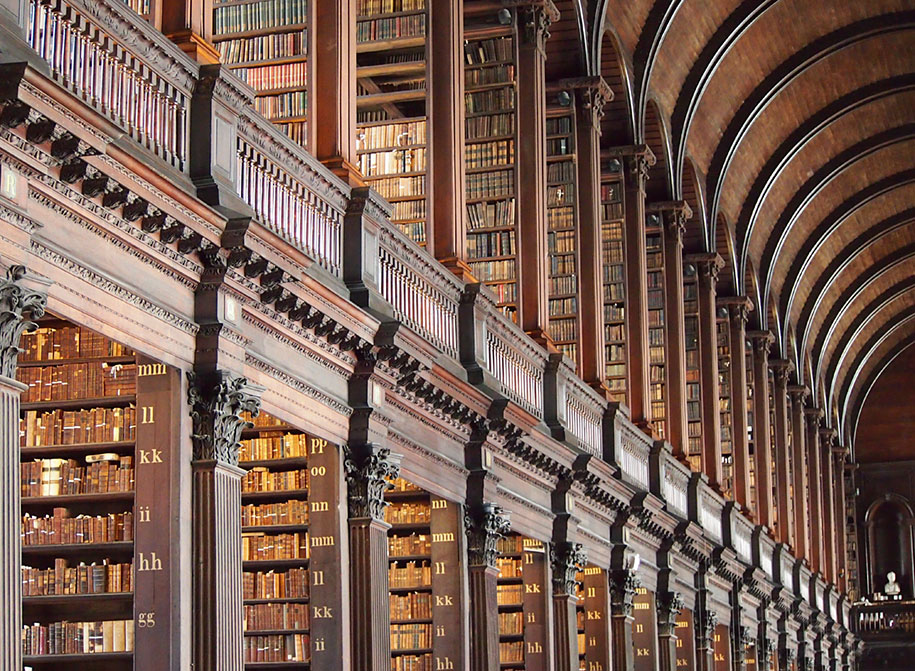 300 Year Old College Library Has Over 200 000 Books