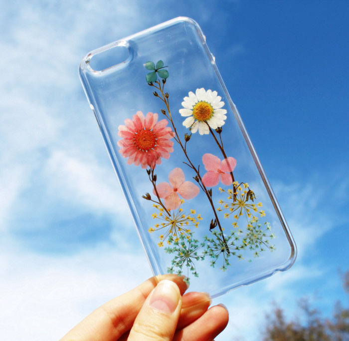 phone-cases-with-real-flowers-house-of-blings-4