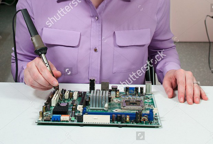 soldering-iron-fail-stock-image-bob-byron-1