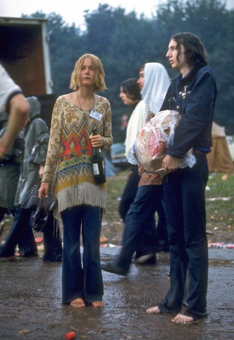 women-fashion-of-60s-woodstock-1969-10