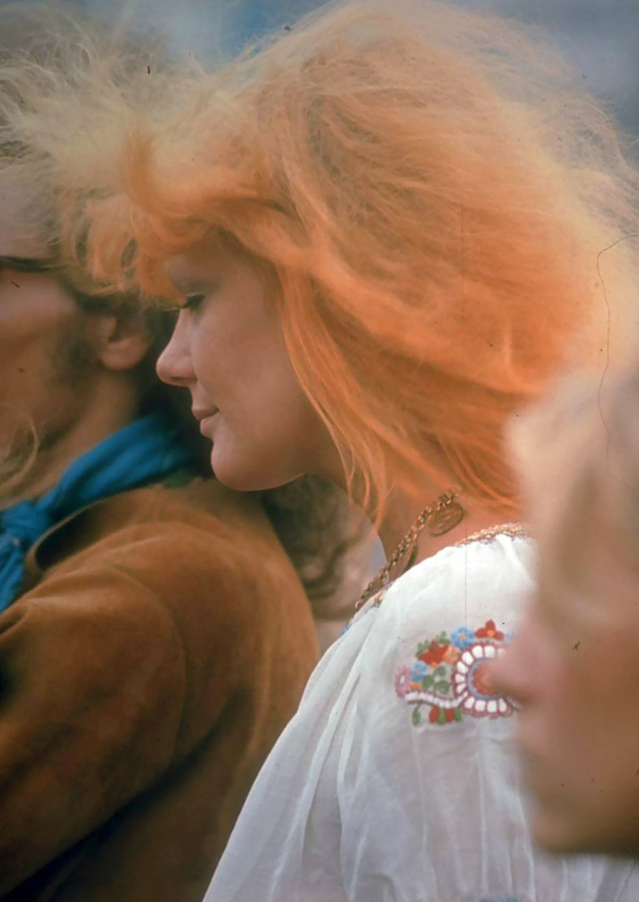 women-fashion-of-60s-woodstock-1969-4