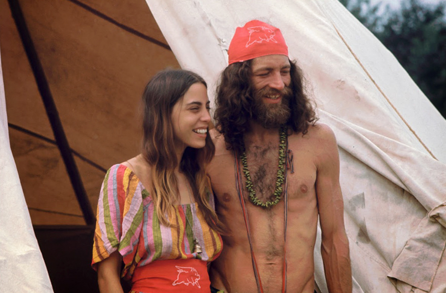 women-fashion-of-60s-woodstock-1969-5