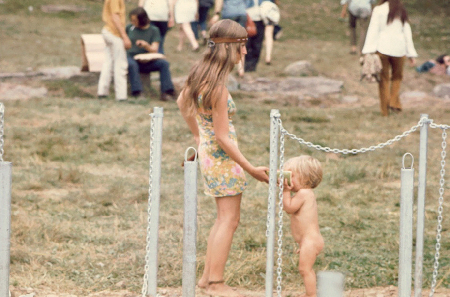 women-fashion-of-60s-woodstock-1969-6