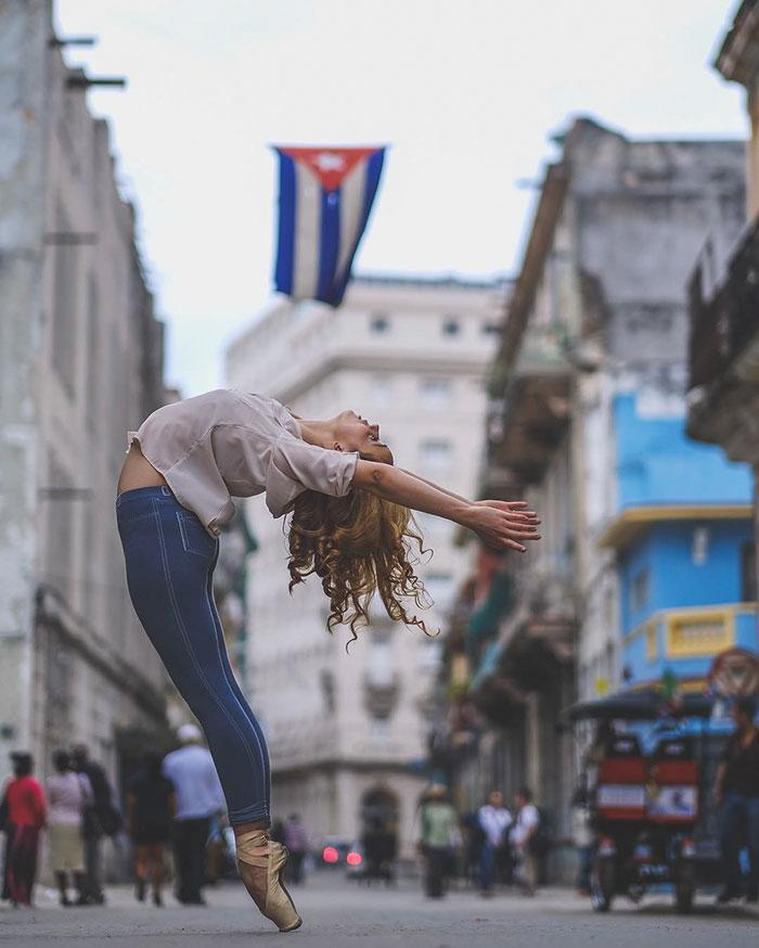 ballet-dancers-practice-on-streets-cuba-omar-robles-13