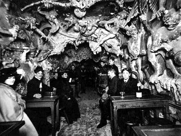 creepy-clubs-paris-1920s-cabaret-of-hell-11