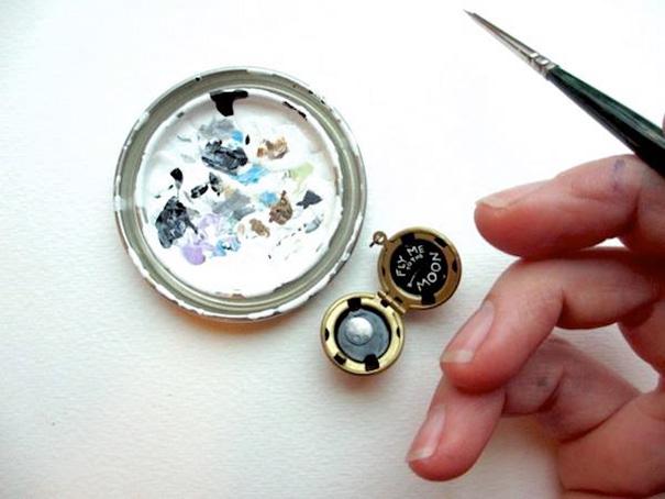 miniature-astronomy-oil-paintings-jewelry-khara-ledonne-9