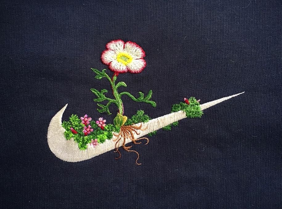 outside-the-box-embroidery-art-54
