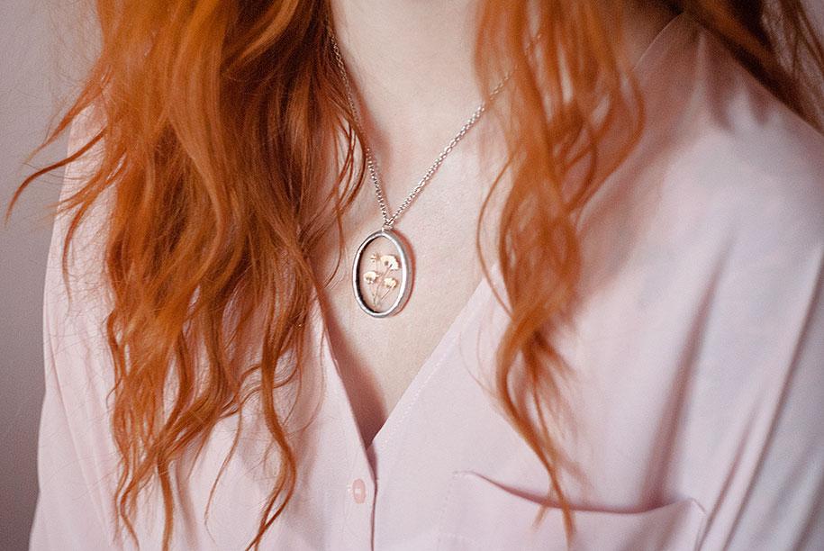 pressed-flower-jewelry-stanislava-korobkova-16-2