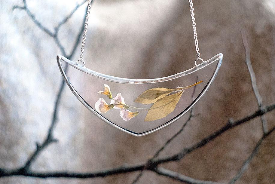 pressed-flower-jewelry-stanislava-korobkova-19-2