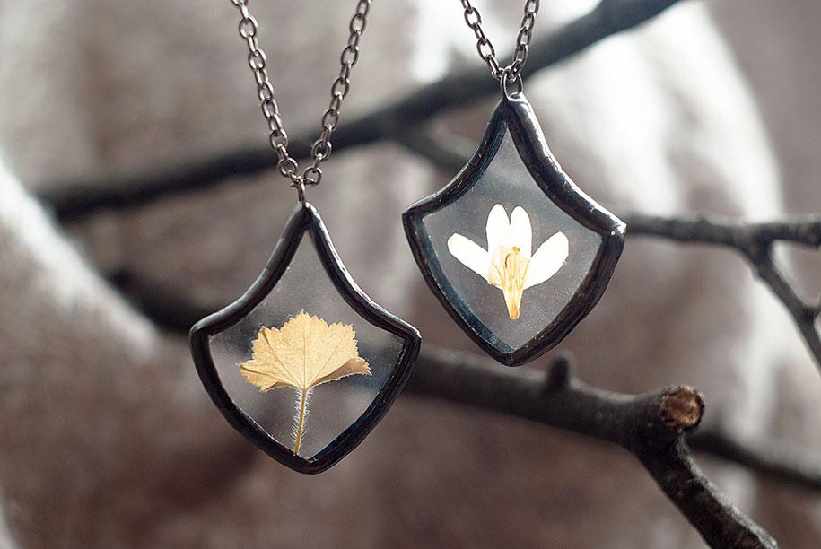 pressed-flower-jewelry-stanislava-korobkova-24-2