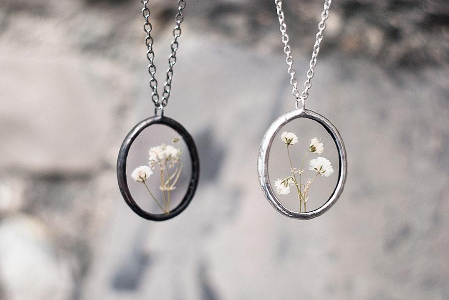 pressed-flower-jewelry-stanislava-korobkova-26-2