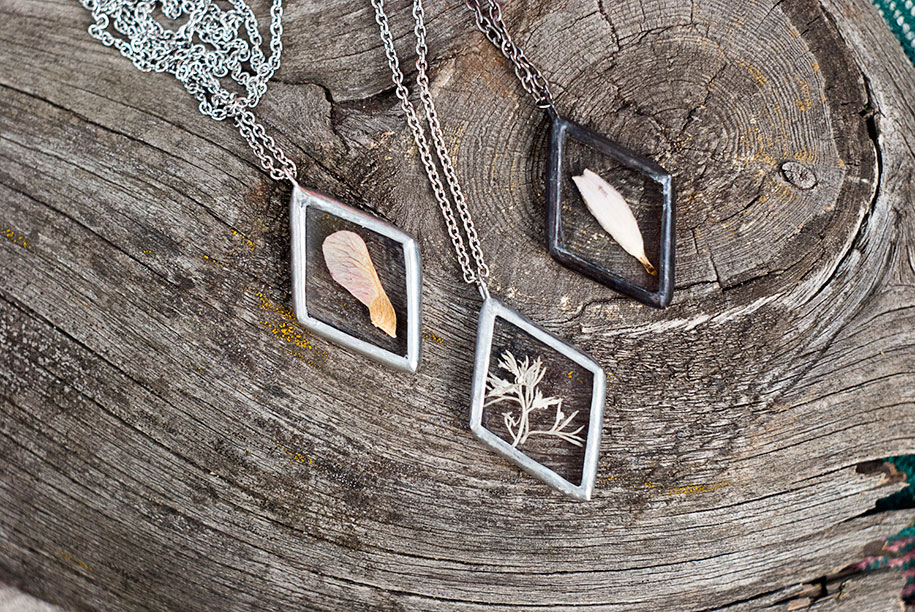 pressed-flower-jewelry-stanislava-korobkova-5-2