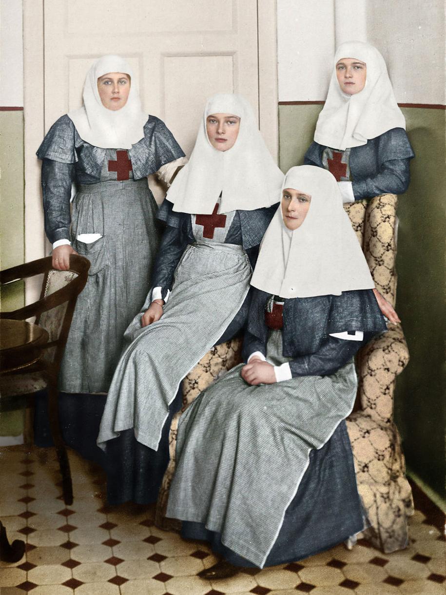 vintage-colorized-photos-soviet-russia-21