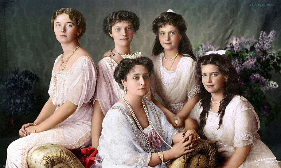 vintage-colorized-photos-soviet-russia-25