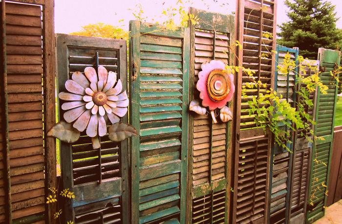 creative-diy-garden-fence-ideas-4