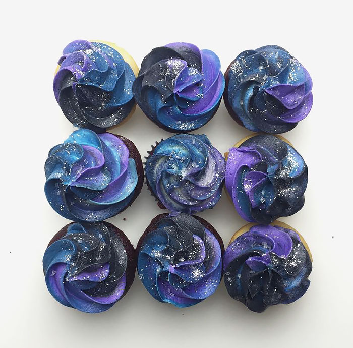 galaxy-cakes-space-sweets-cosmos-treats-9