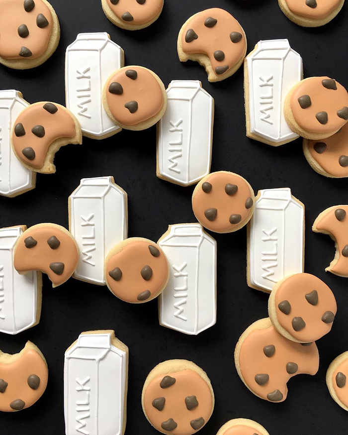 graphic-designer-bakes-creative-cookies-holly-fox-design-4