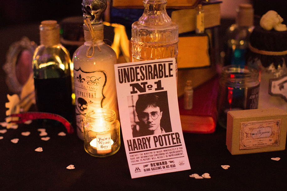 magical-harry-potter-themed-wedding-cassie-lewis-byrom-20