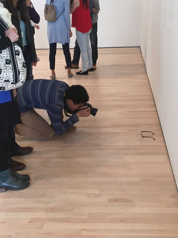 Guy Leaves Glasses On The Museum Floor, People Think It's Art