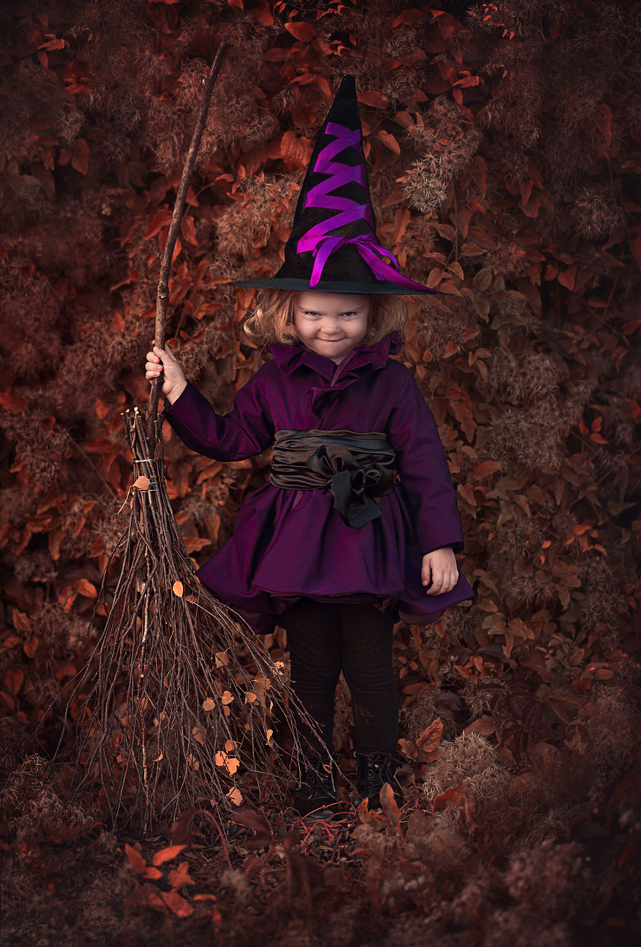 photographer-captures-children-in-costumes-childhood-anna-rozwadowska-5