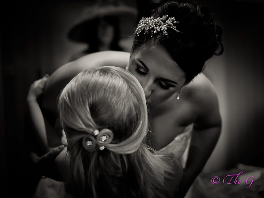 9-year-old-young-wedding-photographer-regina-wyllie-1
