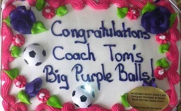 funny-cake-decorations-fails-7