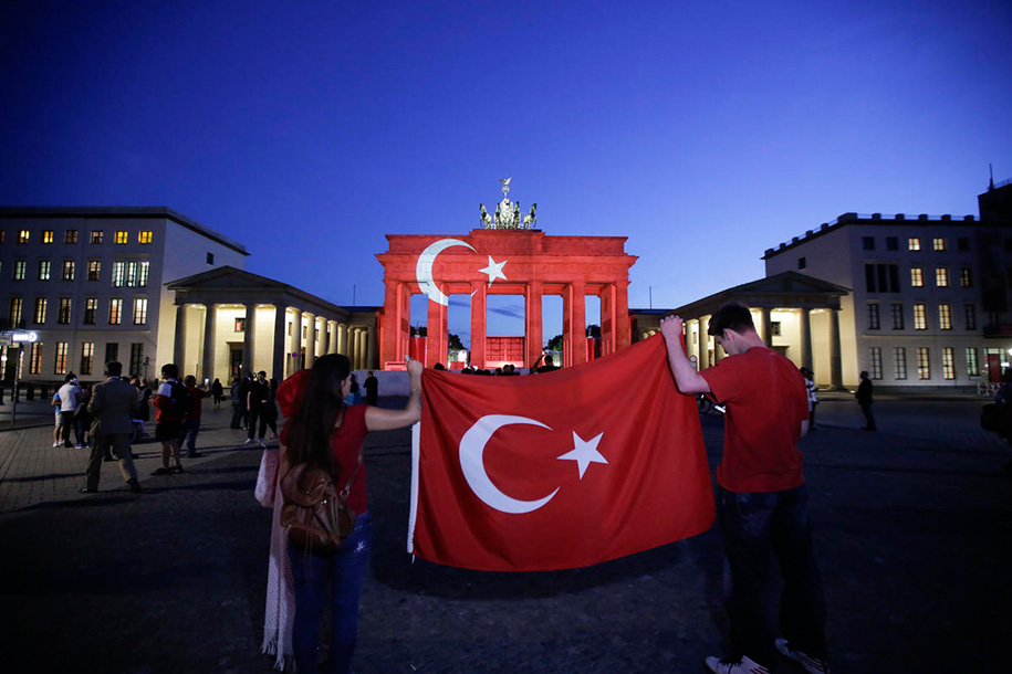 international-response-terrorist-attack-istanbul-v1