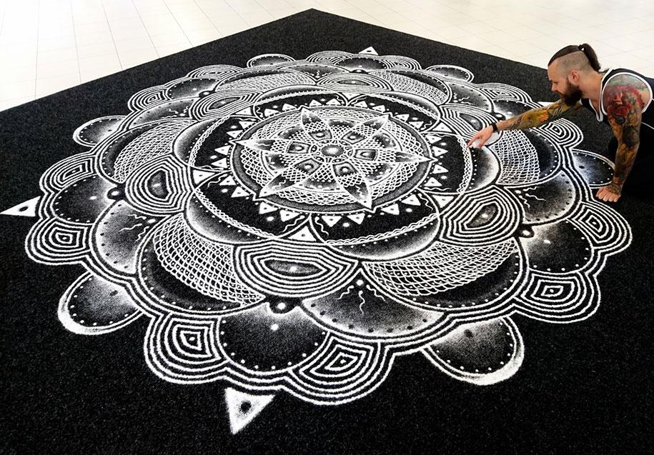 inverted-salt-drawings-dino-tomic-atomiccircus-8