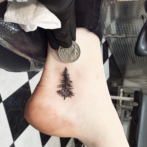 minimal-foot-tattoos-13