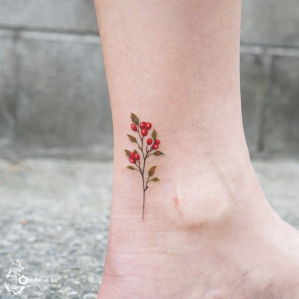 minimal-foot-tattoos-7