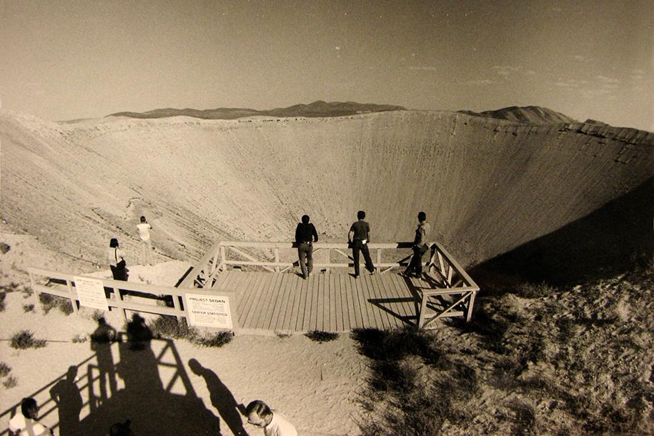 nuclear-tourism-1950s-atomic-bomb-las-vegas-9