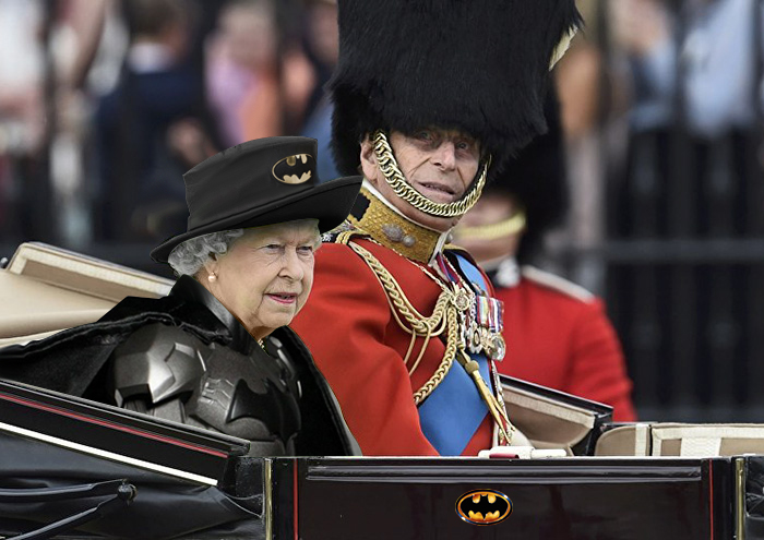 queen-elizabeth-green-screen-dress-funny-photoshop-battle-2